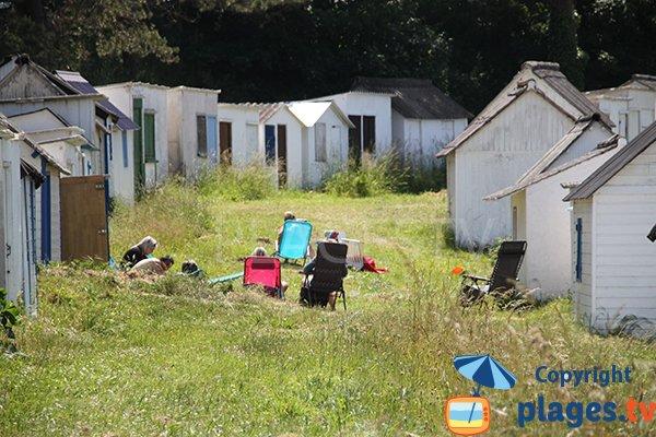 Cabines de bains sur la plage Le Ris à Douarnenez