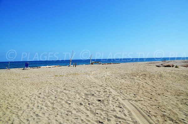 Spiaggia tradizionale di Riva Bella - Corsica