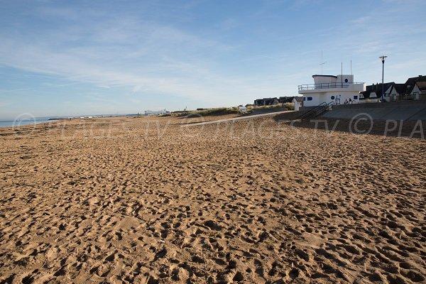 Photo de la plage de Riva Bella à proximité du centre de thalasso