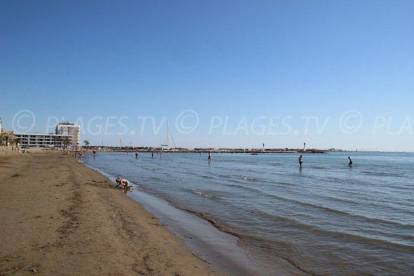Spiaggia in centro citta del Grau du Roi