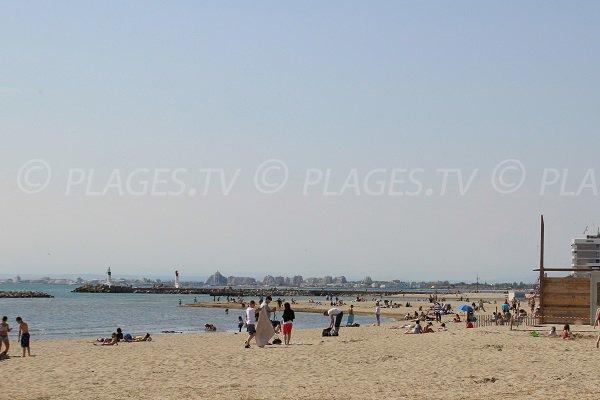 Strand Rive Gauche von Grau du Roi mit Blick auf die Grande Motte