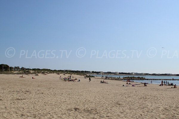 Strand Rive Gauche in der Nähe von Port Camargue