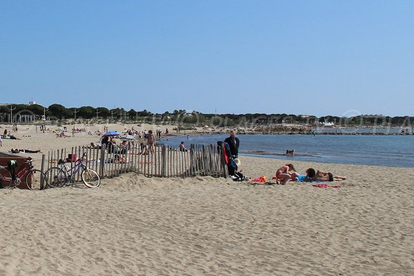 Spiaggia della Rive Gauche del Grau du Roi - Francia