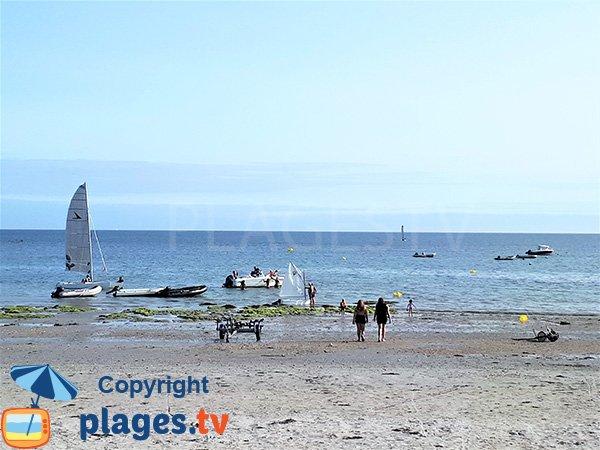 Baignade sur la plage de Roaliguen - Sarzeau