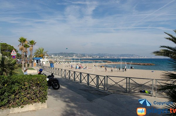 Photo of Robinson beach in Mandelieu la Napoule in France