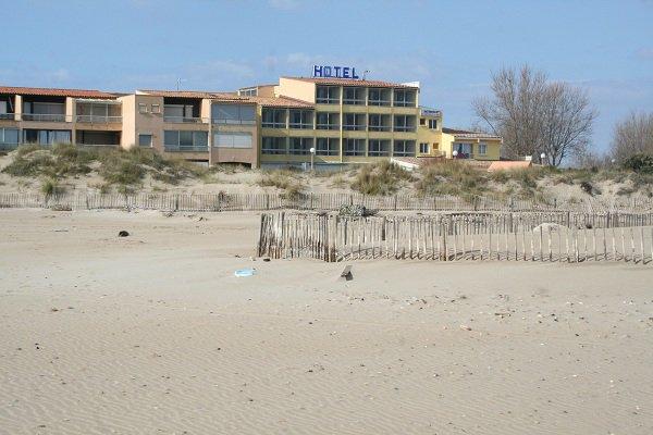 Hotel sur la plage Robinson à Marseillan