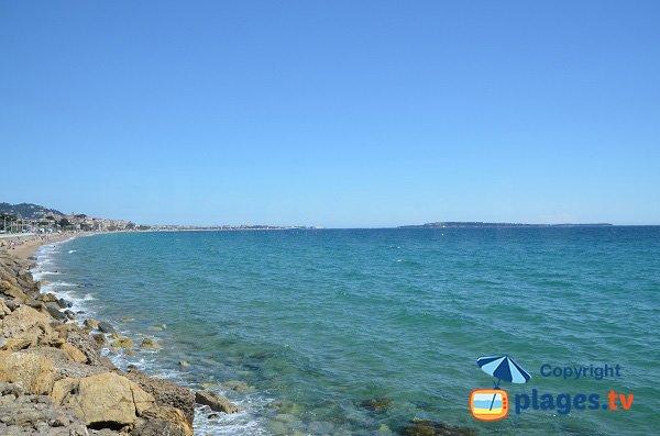 Partie Est de la plage des Rochers - Cannes la Bocca