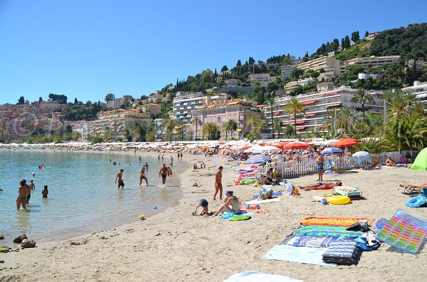 Sandy beach in Menton - Rondelli
