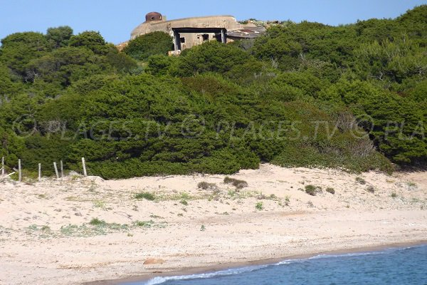 Blockhaus near Rondinara beach