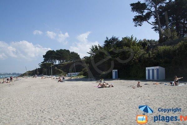 Cabines de bains sur la plage du Rougeret - St Jacut