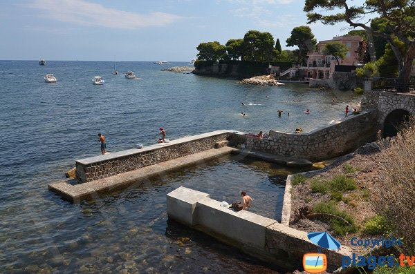 Private port in Saint Jean Cap Ferrat with its beach