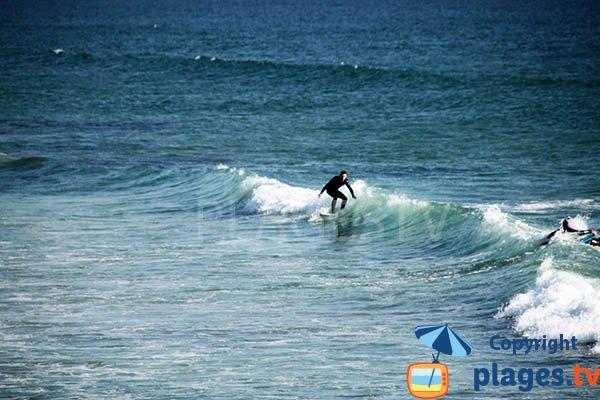Surf sur la plage de Plovan
