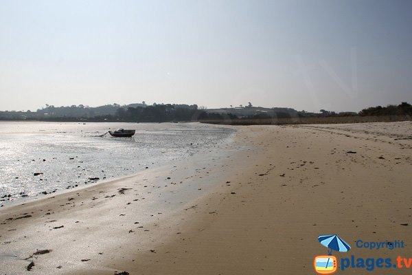Ruguel beach at low tide - Roscoff