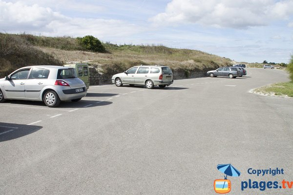 Parking de la plage des Sables Blancs à Loctudy