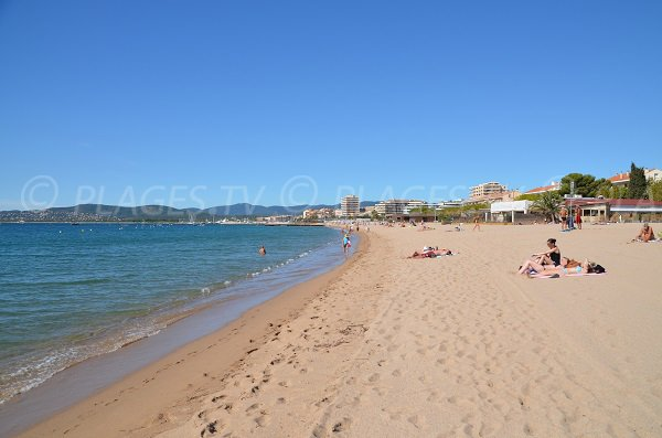 Beach of Sablettes in Fréjus