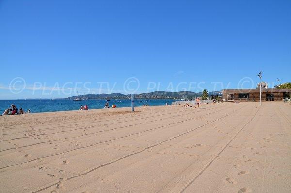 Photo de la plage des Sablettes à Fréjus - Var