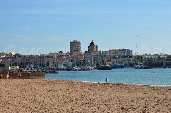 Port of St Raphael from Fréjus beach