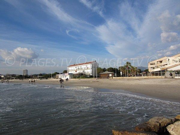Plage des Sablettes et de Mar Vivo à La Seyne