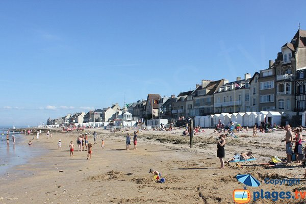 Beach in the city center of Saint Aubin sur Mer (Normandy)