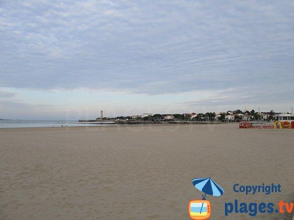 équipements de la grande plage de Saint Georges de Didonne