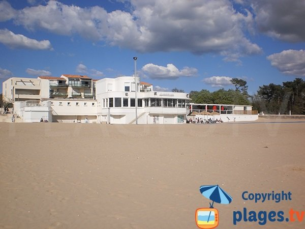 Restaurant sur la plage de Saint Georges de Didonne