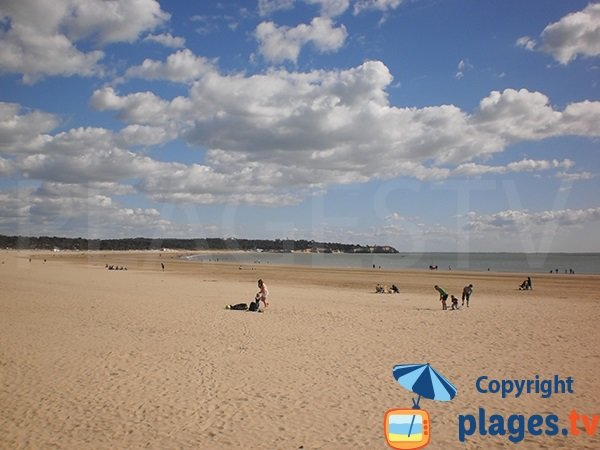 Photo of Grande Plage in St Georges de Didonne in France