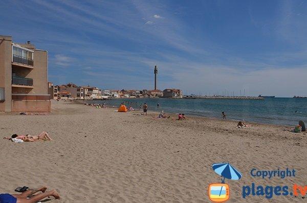 Plage calme à Fos sur Mer - St Gervais