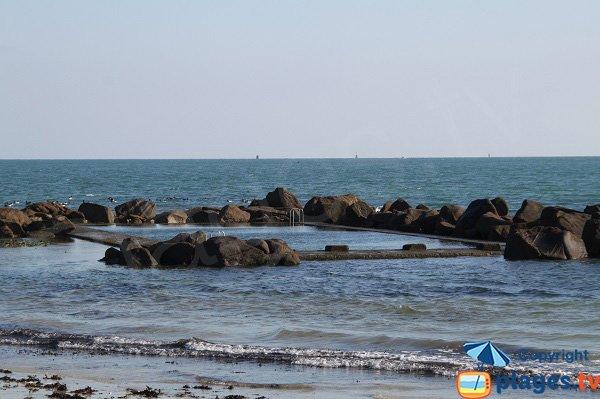Piscine sur la plage de Ste Anne à St Pol de Léon