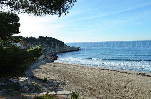 Sainte Croix beach in La Couronne - Martigues