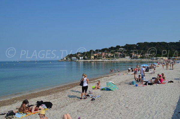 Salis beach with the Cap d'Antibes
