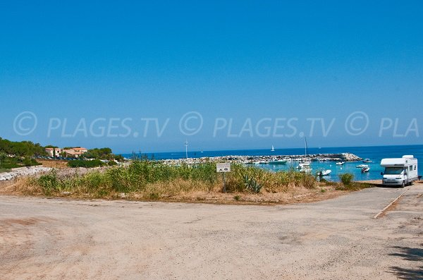 San Damiano harbor - Algajola Corsica