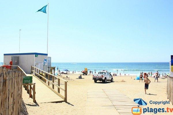 Beach supervised in Olonne sur Mer - Sauveterre