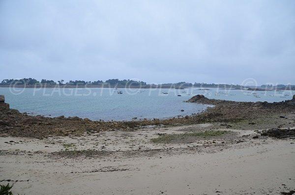 Photo de la plage à côté du rocher des voleurs à Port-Blanc