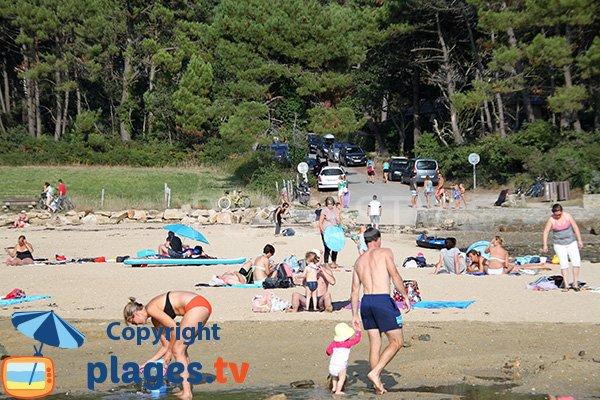 Plage de sable dans le golfe du Morbihan - 7 iles