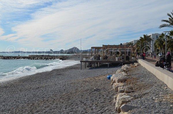 Plage privée sur la plage de la Serre à Cagnes sur Mer