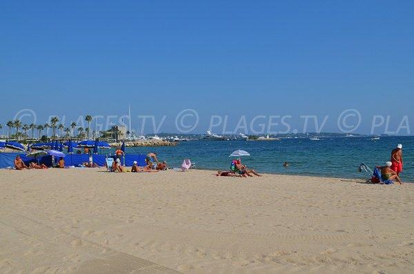 Spiaggia privata di Golfe Juan - Le Soleil