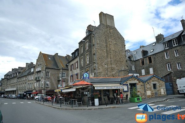 Shops nearly the Solidor beach - St Malo