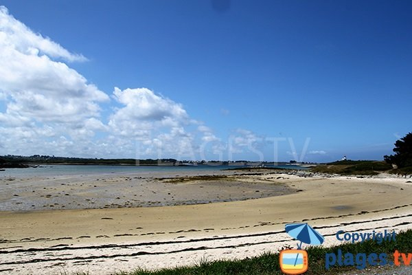 Photo de la plage de Saint Cava à Plouguerneau