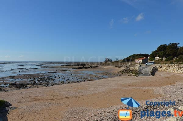North zone of the beach of St Jean des Sables - Angoulins
