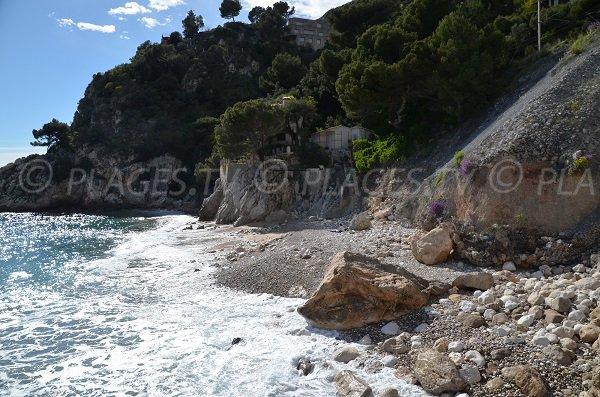St Laurent d'Eze beach - entrance area