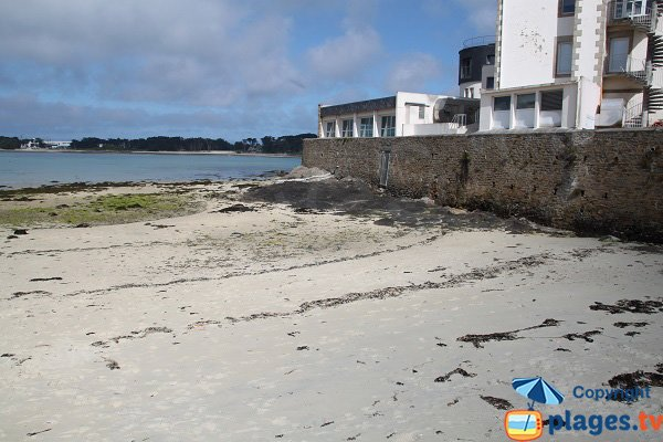 Beach of St Luc in the old city of Roscoff