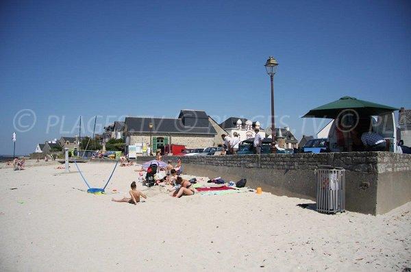 Saint Michel beach in Piriac toward Port