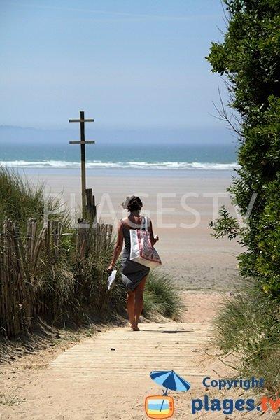 Accès à la plage de Sainte Anne La Palud dans le Finistère
