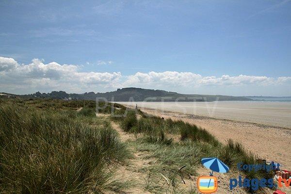 Sentiers dans les dunes de Ste Anne La Palud à Plonévez-Porzay