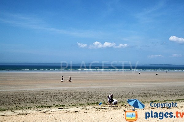 Grande plage à Ste Anne La Palud - Bretagne