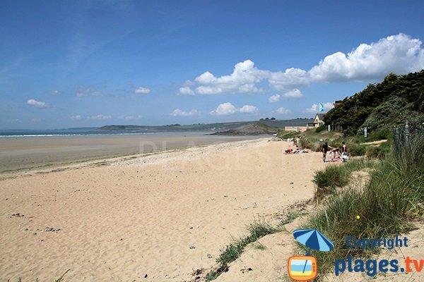 Photo de la plage de Ste Anne La Palud à Plonévez-Porzay
