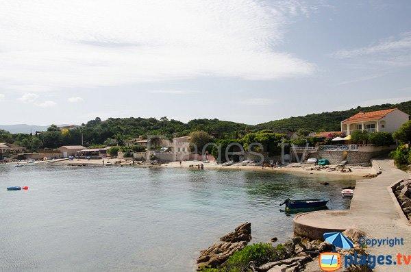 Photo des plages dans l'anse de Sainte Barbe à Isolella