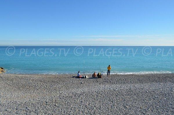 Hors saison, les pêcheurs viennent sur cette plage