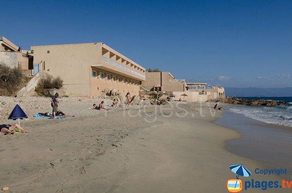 Plage de sable blanc à Ajaccio - Stella di Mare