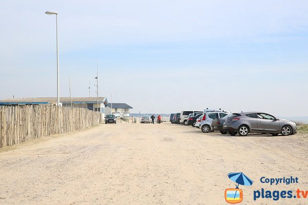 Parking du centre nautique de Berck